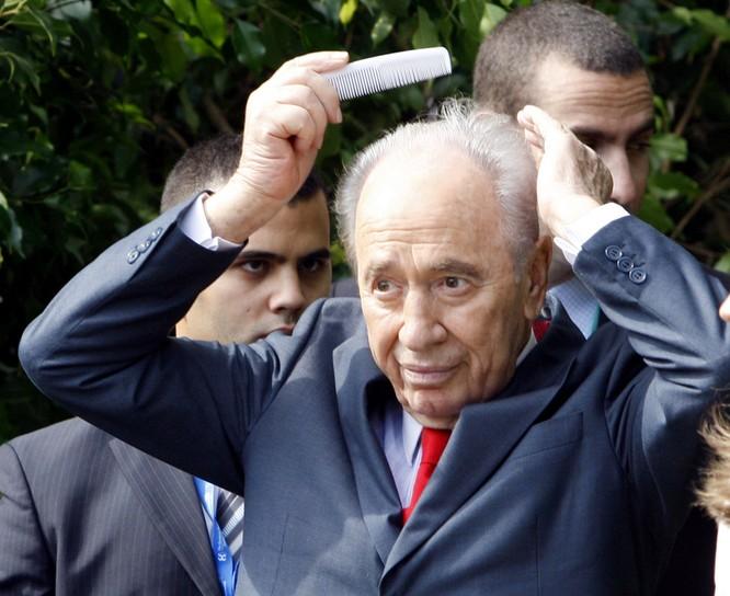 Thủ tướng chải tóc, bộ trưởng thoa son: Khi chính khách thích làm đẹp ảnh 6