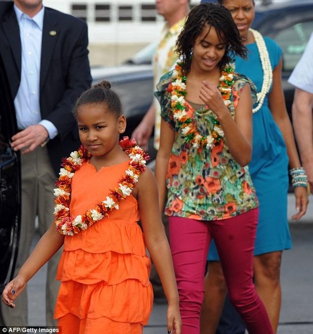 Phong cách thời trang của hai con gái tổng thống Obama sau 8 năm đồng hành cùng cha ảnh 6