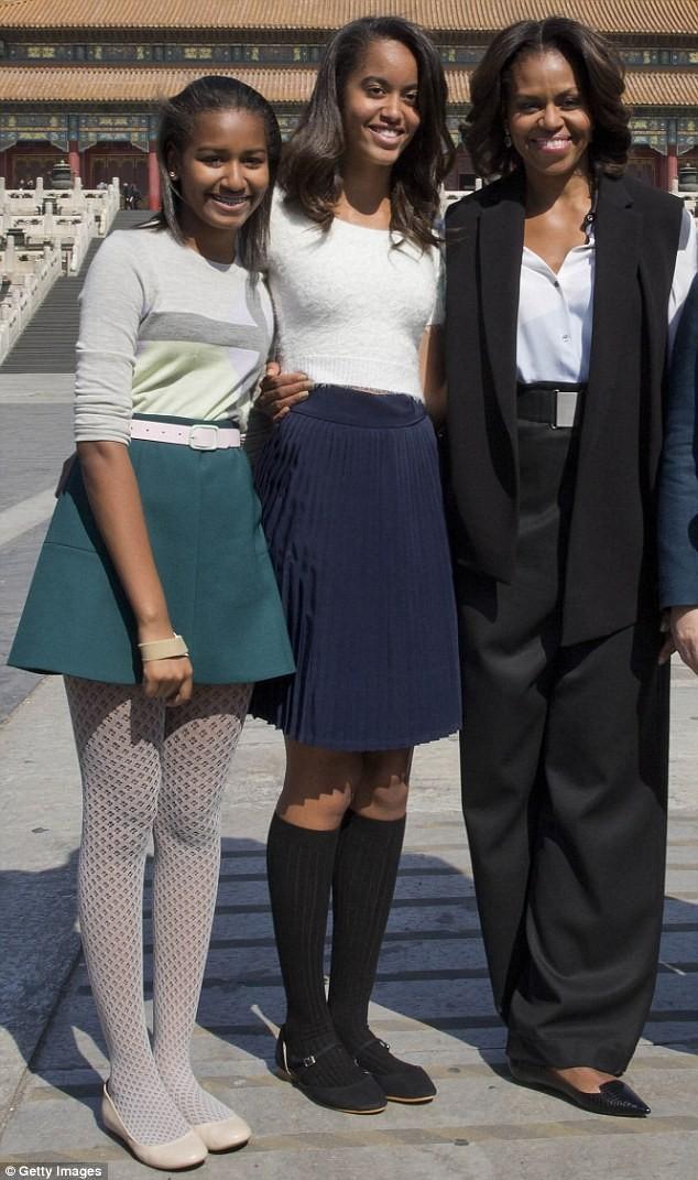Phong cách thời trang của hai con gái tổng thống Obama sau 8 năm đồng hành cùng cha ảnh 21