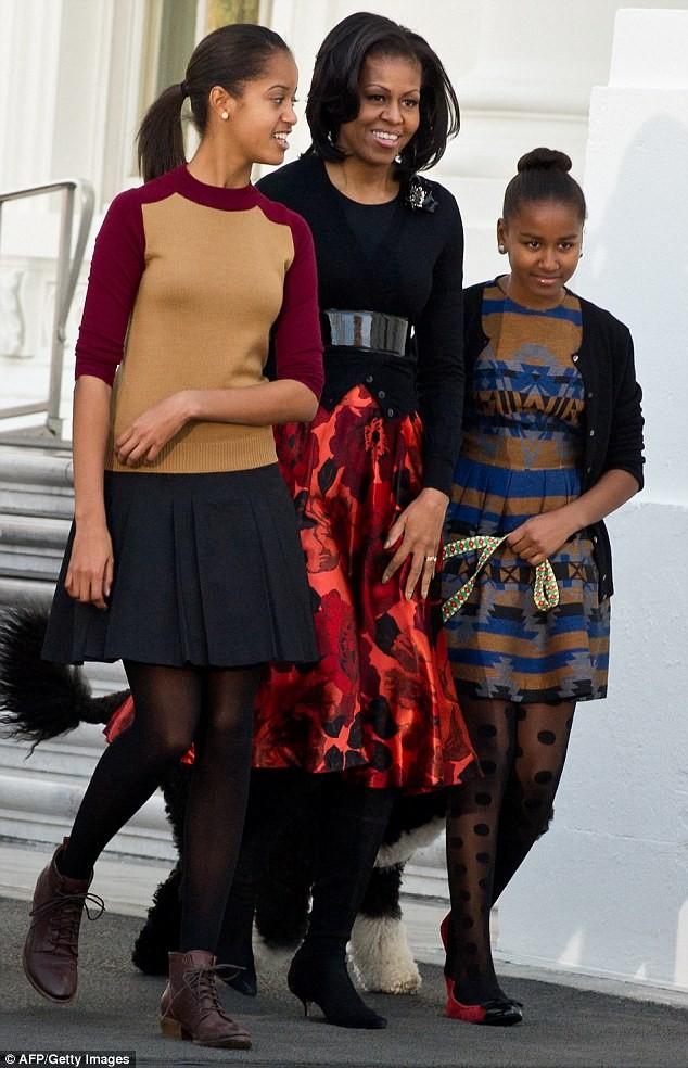 Phong cách thời trang của hai con gái tổng thống Obama sau 8 năm đồng hành cùng cha ảnh 15