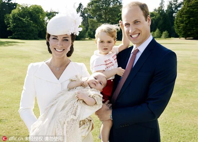 Khi tổng thống Mỹ, hoàng gia Nhật Bản chụp ảnh gia đình ảnh 4