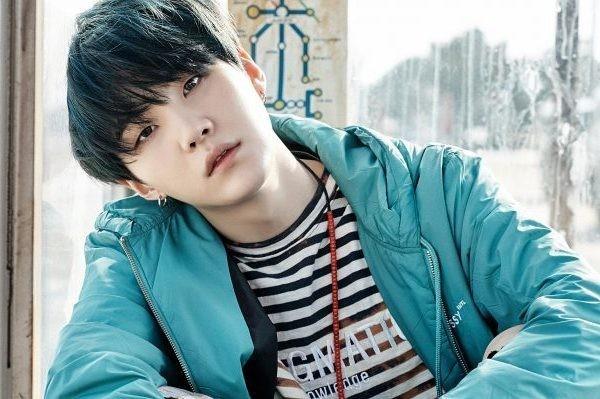 Trước khi trở thành ngôi sao lớn, thành viên BTS được phát hiện như thế nào? ảnh 8