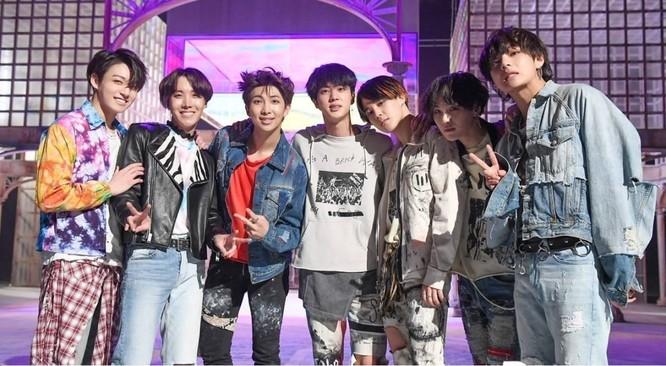 Trước khi trở thành ngôi sao lớn, thành viên BTS được phát hiện như thế nào? ảnh 1