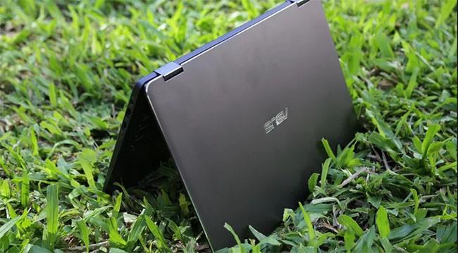 Laptop đang dần biến thành một chiếc điện thoại cỡ lớn ảnh 1