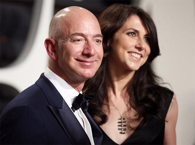 Khám phá cuộc sống của vợ chồng tỷ phú Jeff và MacKenzie Bezos ảnh 1