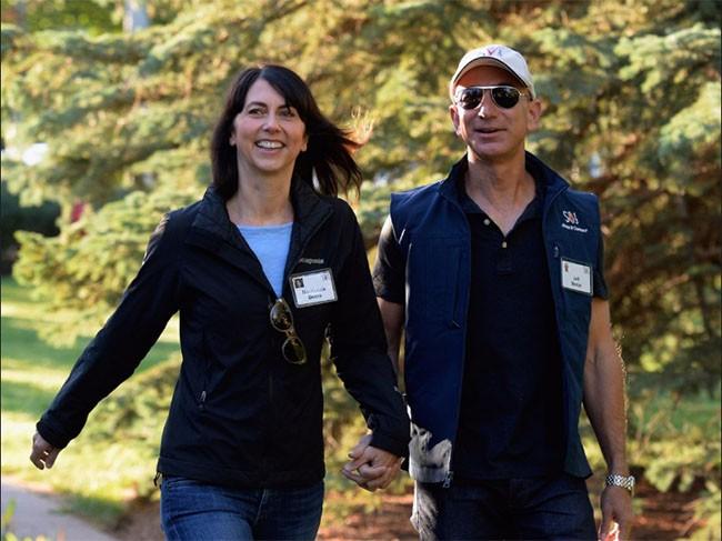 Khám phá cuộc sống của vợ chồng tỷ phú Jeff và MacKenzie Bezos ảnh 4