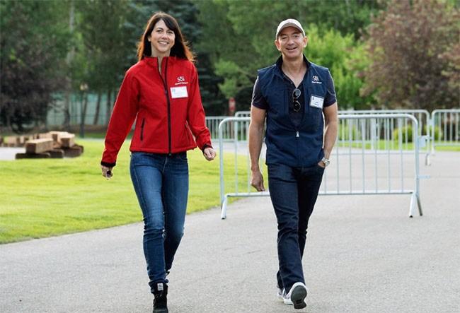 Khám phá cuộc sống của vợ chồng tỷ phú Jeff và MacKenzie Bezos ảnh 6