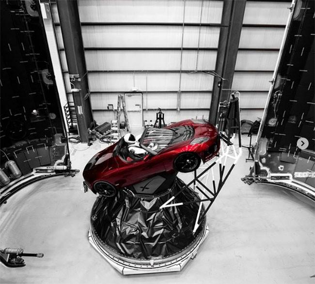 12 điều bạn có thể không biết về tên lửa Falcon Heavy của SpaceX ảnh 2