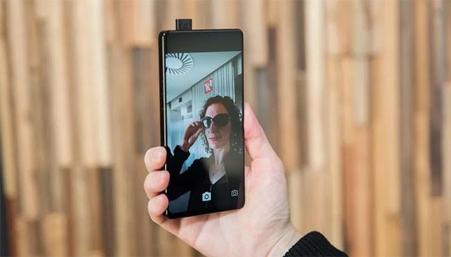 """3 tính năng """"khủng"""" trên smartphone của Vivo tại MWC 2018 ảnh 1"""
