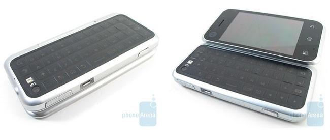 """Tổng hợp 10 điện thoại với thiết kế bàn phím """"hài hước"""" nhất thế kỷ ảnh 5"""