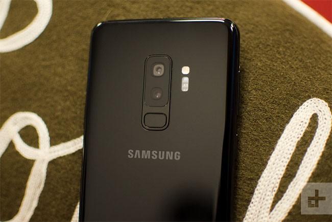 """LG V35 ThinQ, Samsung Galaxy S9 và S9 Plus: Smartphone nào đáng """"đồng tiền bát gạo""""? ảnh 4"""