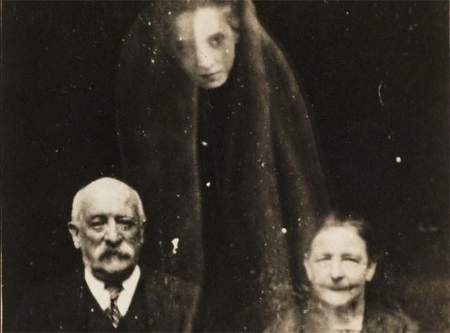 Lạnh gáy với 12 bức hình ma quỷ ám ảnh nhất mọi thời đại ảnh 5