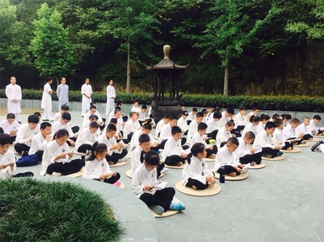 """10 sự thật """"gây sốc"""" về nền giáo dục ở Trung Quốc ảnh 7"""