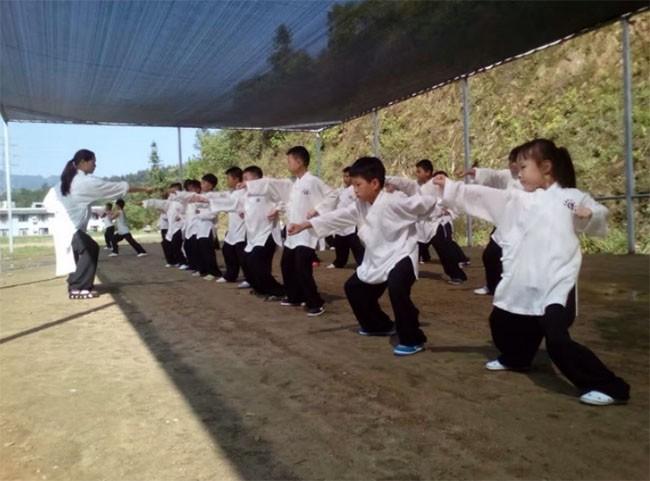 """10 sự thật """"gây sốc"""" về nền giáo dục ở Trung Quốc ảnh 6"""