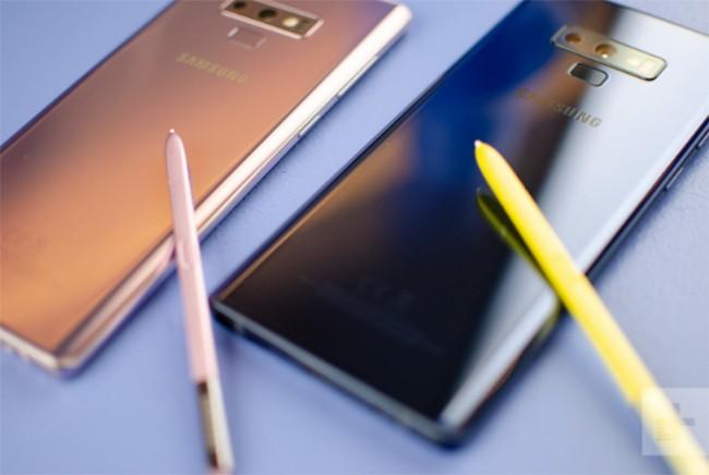 Samsung Galaxy Note 9 và Apple iPhone X: Trận chiến của hai smartphone siêu cao cấp ảnh 5