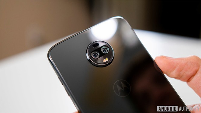 Đánh giá Motorola Moto Z3: Liệu có xứng tầm smartphone 5G đầu tiên? ảnh 7
