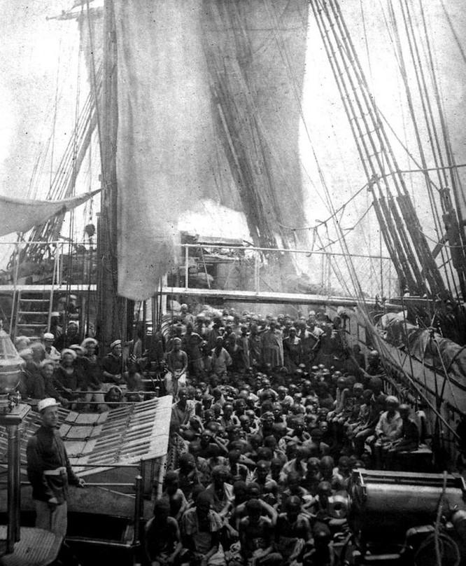 The HMS Daphne