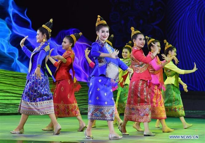 Lễ hội thời trang văn hóa châu Á tổ chức tại Trung Quốc ảnh 5