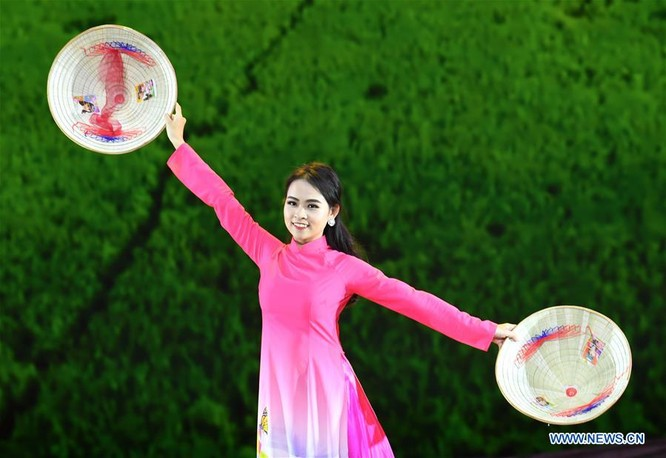 Lễ hội thời trang văn hóa châu Á tổ chức tại Trung Quốc ảnh 4