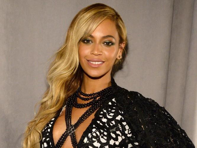 Beyonce ở số 7 (US $ 785.000)