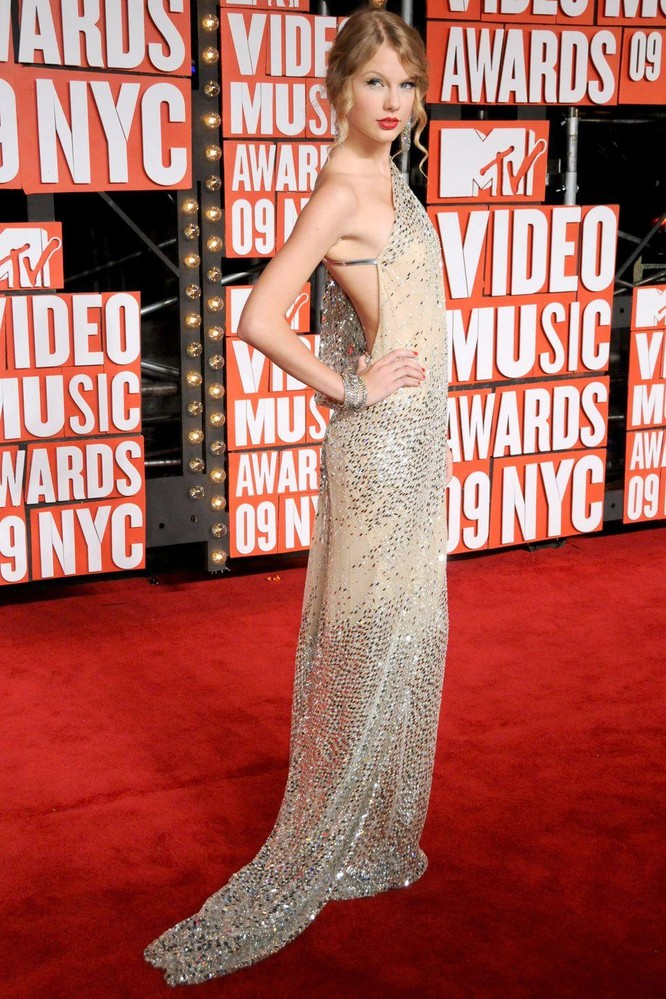 Taylor Swift, 2009