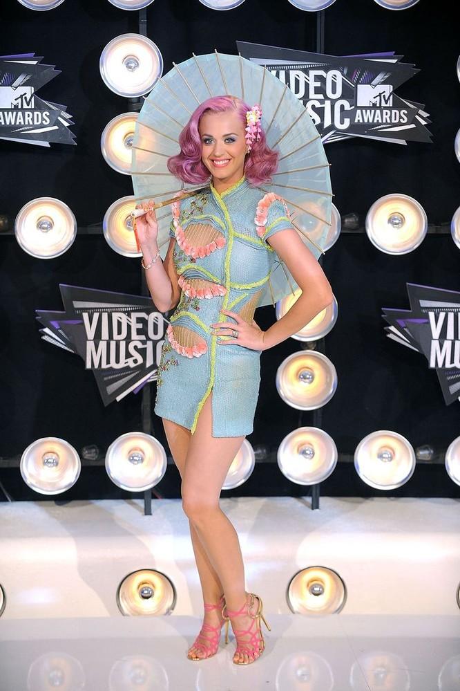Katy Perry, 2011