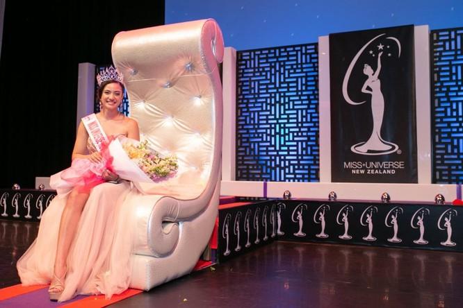 New Zealand có Hoa hậu Hoàn vũ nhiều tuổi nhất trong lịch sử ảnh 2