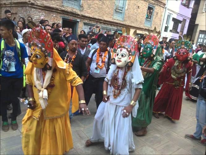 Khám phá vẻ đẹp văn hóa Nepal qua lễ hội Bagh Bhairav ảnh 6
