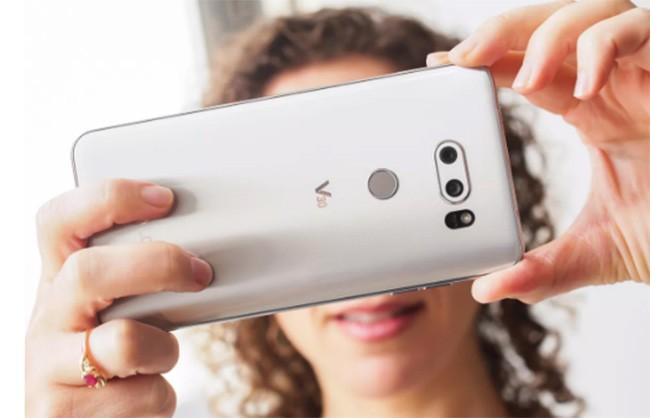 Top 10 smartphone chưa xóa sổ giắc tai nghe 3,5 mm ảnh 10