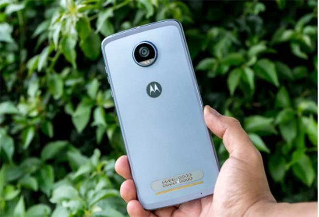 Top 10 smartphone chưa xóa sổ giắc tai nghe 3,5 mm ảnh 3