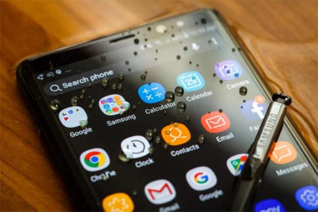 Top 10 smartphone chưa xóa sổ giắc tai nghe 3,5 mm ảnh 2