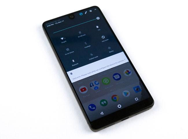 Essential Phone – sự lựa chọn mới cho fan Android thích thiết kế iPhone X ảnh 4