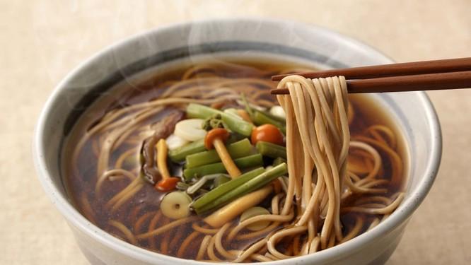 Văn hóa ẩm thực dịp Tết Dương lịch trên toàn thế giới ảnh 5