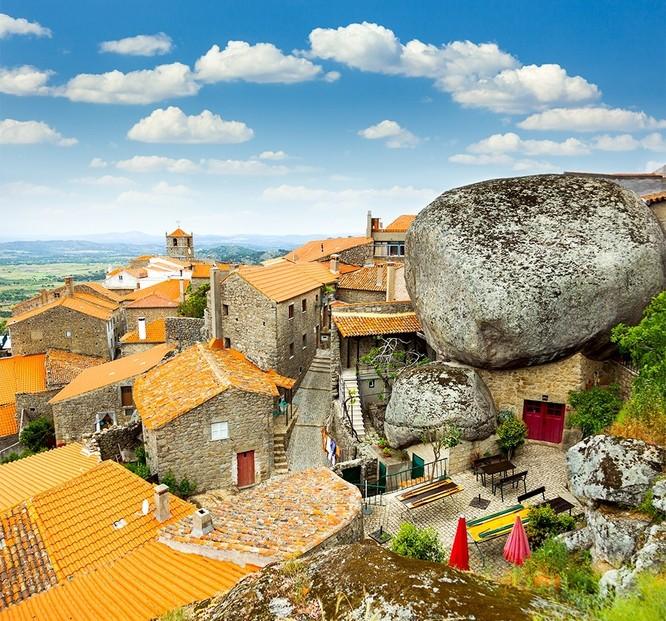 """""""Đưa nhau đi trốn"""" với những ngôi làng đẹp như cõi thần tiên ảnh 10"""