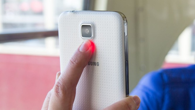 Nhìn lại lịch sử 8 năm thăng trầm của dòng Galaxy S ảnh 5