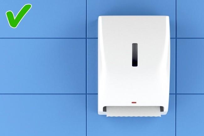 10 mẹo sử dụng nhà vệ sinh công cộng an toàn không phải ai cũng biết ảnh 6