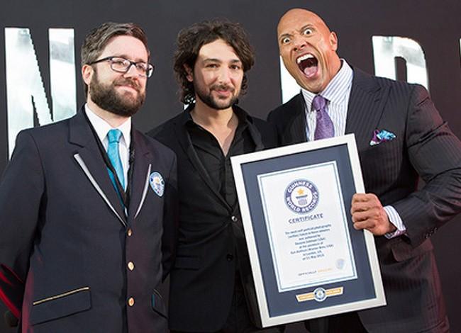 10 người nổi tiếng được ghi danh trong sách kỷ lục Guinness ảnh 5