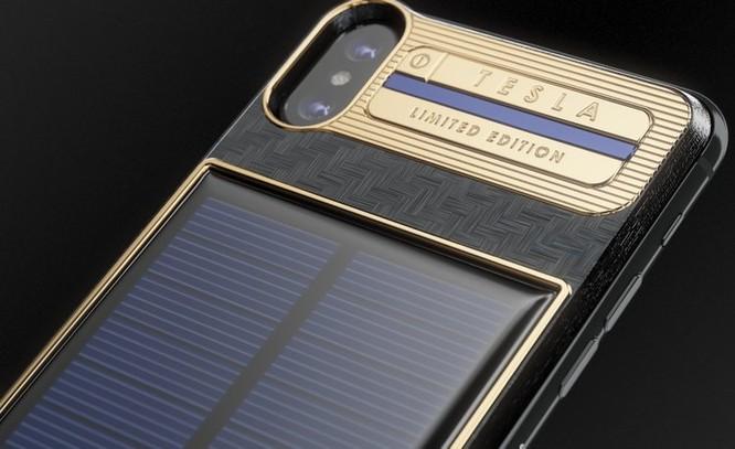 Chiêm ngưỡng chiếc iPhone X Tesla giá chát 4000 USD ảnh 2