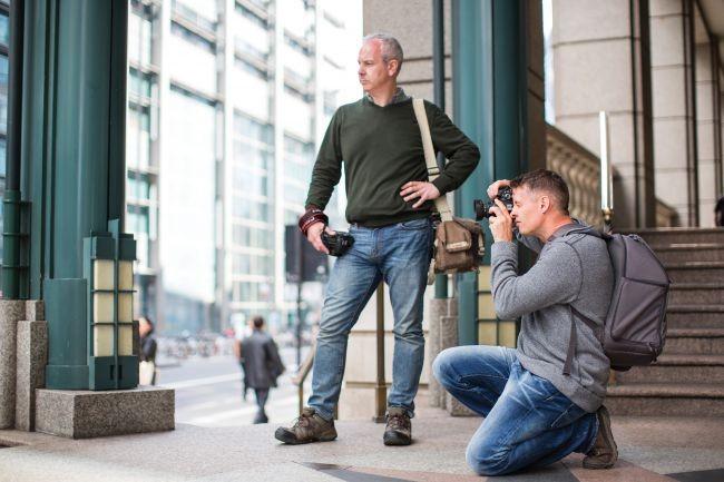 Nhiếp ảnh đường phố: 10 mẹo hàng đầu để bắt trọn những khoảnh khắc đẹp nhất ảnh 3
