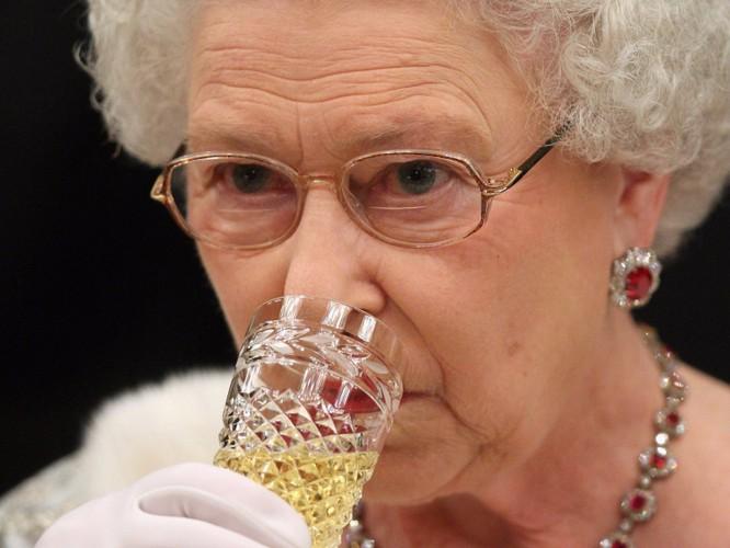 """""""Bật mí"""" những điều thú vị có thể bạn chưa biết về Nữ hoàng Anh ảnh 13"""