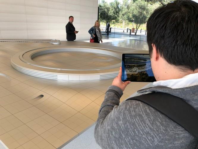 """11 mẹo để ghé thăm """"tàu vũ trụ"""" trị giá 5 tỷ USD của Apple - Apple Park ảnh 5"""