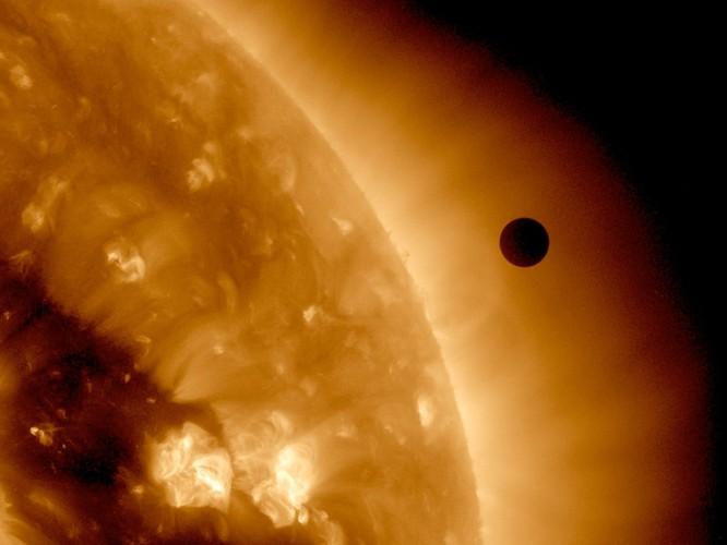 15 sự thật về không gian khiến bạn cảm thấy bất ngờ ảnh 7