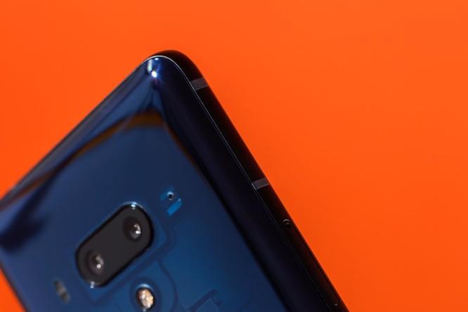 Đánh giá HTC U12+: thực sự xứng đáng với mức giá 800 USD? ảnh 5
