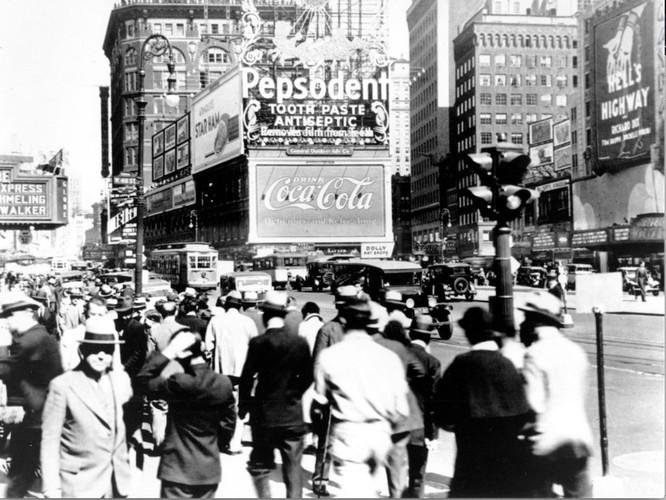 Coca-Cola đã thay đổi thế nào trong 132 năm qua? ảnh 7