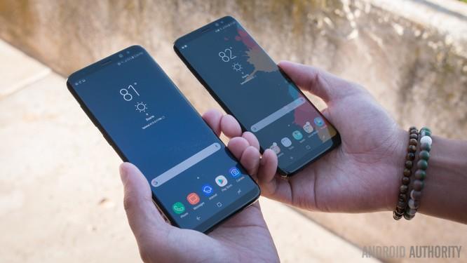Viền màn hình điện thoại đã được cắt gọt như thế nào trong 10 năm qua? ảnh 10