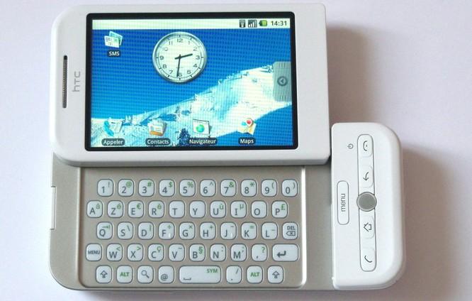 Viền màn hình điện thoại đã được cắt gọt như thế nào trong 10 năm qua? ảnh 3