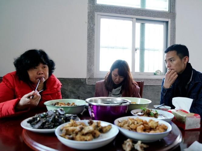 Câu chuyện về một người phụ nữ có 700 đề nghị làm bạn gái giả và vấn đề hôn nhân trong xã hội Trung Quốc hiện nay ảnh 12