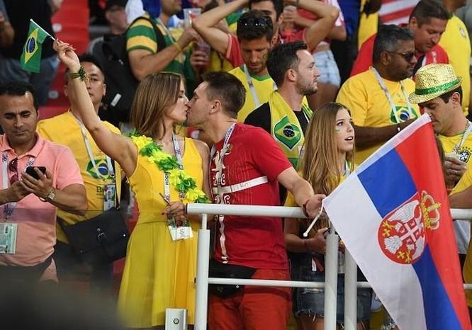 Những khoảnh khắc cảm động tại World Cup 2018 ảnh 15