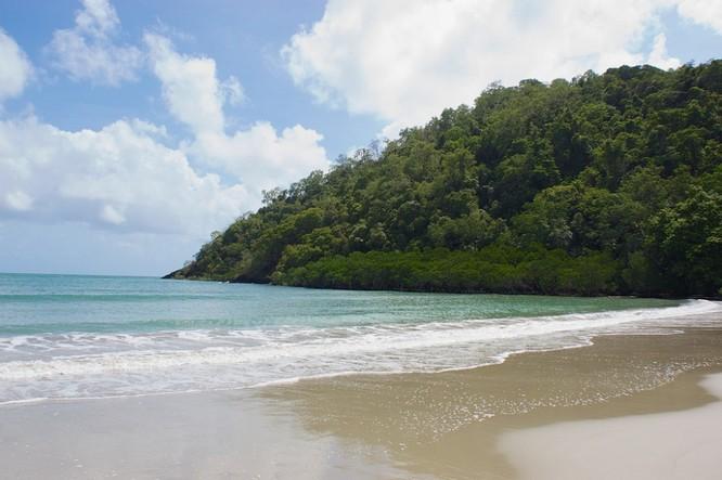 10 bãi biển đẹp như thiên đường chỉ nên ngắm chứ không nên trải nghiệm ảnh 2