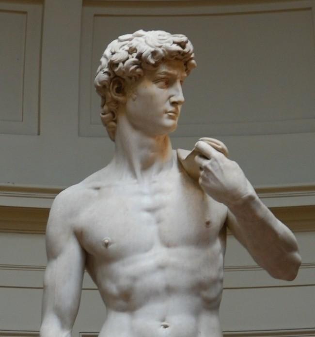 9 bí mật đáng kinh ngạc ẩn sau những bức tượng nổi tiếng ảnh 6